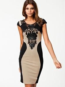 Klasa sama w sobie, pięknie wymodelowana, wizualnie wyszczuplająca sukienka. Kliknij w zdjęcie i zobacz gdzie ją kupić !