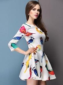 Odważnie i oryginalnie ;) sukienka z wzorem w ptaki :) kliknij w zdjęcie i zobacz gdzie można kupić!