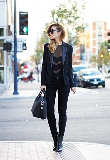 Black Black Black <3
