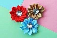 Satynowe kwiaty z diamencik...
