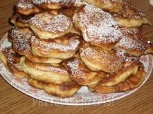 Racuchy na zsiadłym mleku z jabłkami lub brzoskwiniami (duża porcja)      Cza...