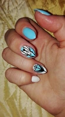 Arcydzieło wykonane na moich paznokciach. ;)