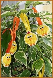 Kurczaczki i kogutki - haft krzyżykowy