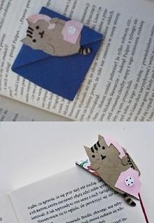 Na pierwszym zdjęciu moja własnoręcznie wykonana zakładka do książek. Na drugim zdjęciu oryginał na którym bardzo dokładnie się wzorowałam z bloga  horenxi.blogspot.com