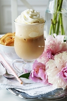 Mrożona kawa jak z kawiarni  Żeby osiągnąć taki efekt trzeba trzymać się kilk...