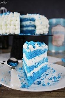Ciasto Blue Velvet Forma – okrągła 22 – 23 cm Składniki Biszkopt: 5 jajek 3/4...