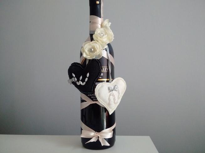 Bardzo dobra Butelka wina zamiast kwiatów na wesele? Czemu nie! :) Tym bardz KR93