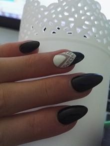 My Black Nails