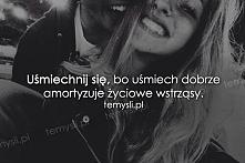 A co jeśli nie ma się do kogo uśmiechnąć ? Stań przed lustrem i uśmiechnij si...