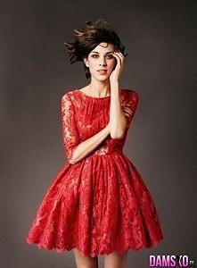 śliczna sukienka czerwona