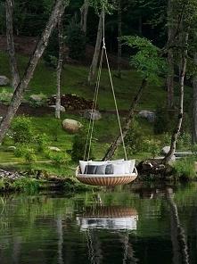 Inspirująca huśtawka nad woda, huśtawka ogrodowa, huśtawka w ogrodzie, okrągł...