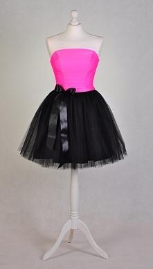 tiulowa sukienka :)