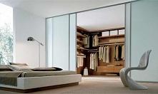 pomysł na ukrytą garderobę :)