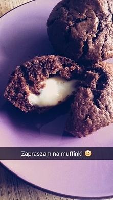 Muffinki czekoladowe z budyniem :) <kto chce przepis?>