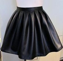 NOWA spódniczka czarna z eko skórki (62cm talia) - na sprzedaż