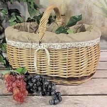 Wiklinowy koszyk obszyty materiałem w kolorze cappuccino + zdobienia