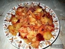 Domowe pieczonki 1 1/2 kg ziemniaków 2 duże marchewki 1 duża pietruszka 2 śre...
