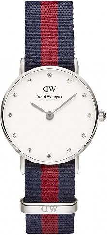 cienki damski zegarek Daniel Wellington z kryształkami Swarovskiego na tarczy