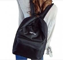 Prosty zwykły plecak. Idealny do szkoły. Po kliknięciu w zdjęcie przejdziesz ...