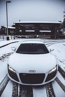 audi r8 in snow