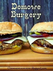 Pyszne domowe burgery / hamburgery, czyli najlepszy fast a raczej slow food to ten we własnym domu :)  Składniki na ok 4-6 burgerów (w zależności od wielkości) 500 g mielonego m...