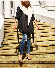 Stylizacja Kurtka Parka Damska z Kapturem Wiązana Baranek z Dużym Kołnierzem Hit Najmowszy Model na Wiosnę Jesień Zimę 2016 / 2017 model #116 Promocja w sklepie FASHIONAVNUE.PL