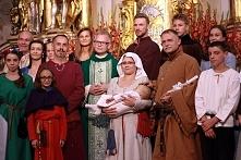 średniowieczny chrzets