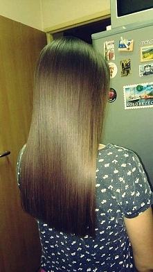 Moje włosy po keratynowym prostowaniu w domu dzięki kosmetykom z aliexpress. 3 dni bez mycia włosów przede mną. Wstawię zdjęcia po umyciu ich. Mam włosy falowane, puszące się, w...