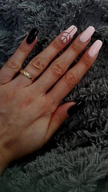 Paznokcie mojego autorstwa :) Paznokcie przedłużane na formie, pudrowy róż w ...