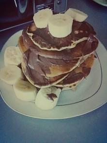 Pancakes z nutellą i banane...