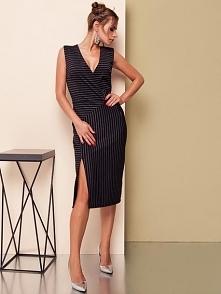 Sukienka wykonana z elastyc...