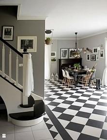 biało-czarna podłoga