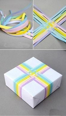 Świetny sposób na kolorowo zapakowany prezent :D
