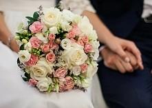 wiązanka ślubna wykonana pr...