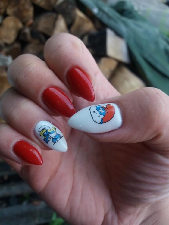 paznokcie zelowe