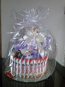Zamówienie Pani Magdaleny :)  tort na 30-ste urodziny siostry :)