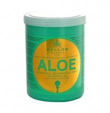 Maska Kallos Aloe Mam ją już pewnie prawie rok a ona nadal nie chce się skończyć :) Zapłaciłam około 13 złotych w Hebe za litrowy słoik. Aloe to wersja humektantowa, nawilżająca...