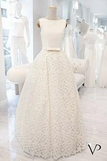 Piekna suknia autorstwa Violi Piekut ☺