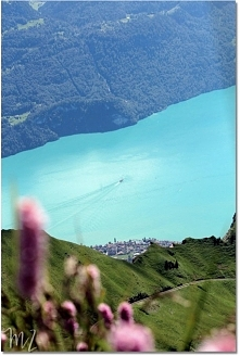 Piękne widoki Szwajcaria zapewnia garściami. Szczyt Brienz Rothorn gwarantuje...