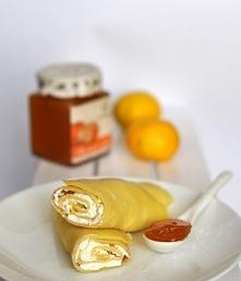 Naleśniki z serem i dżemem mandarynkowym