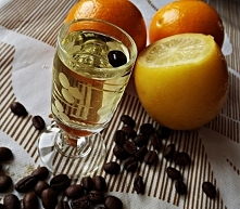 Cytrynówka z ziarnami kawy,...