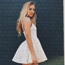 Koronkowa sukienka z paskam...