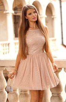 boska sukienka !