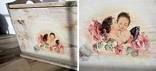 odnowiona drewniana skrzynia, malowana białą, akrylową farbą, przetarta i ozdobiona deqoupage, na to oczywiście lakier