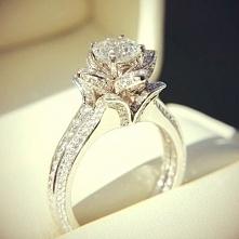 pierścionek