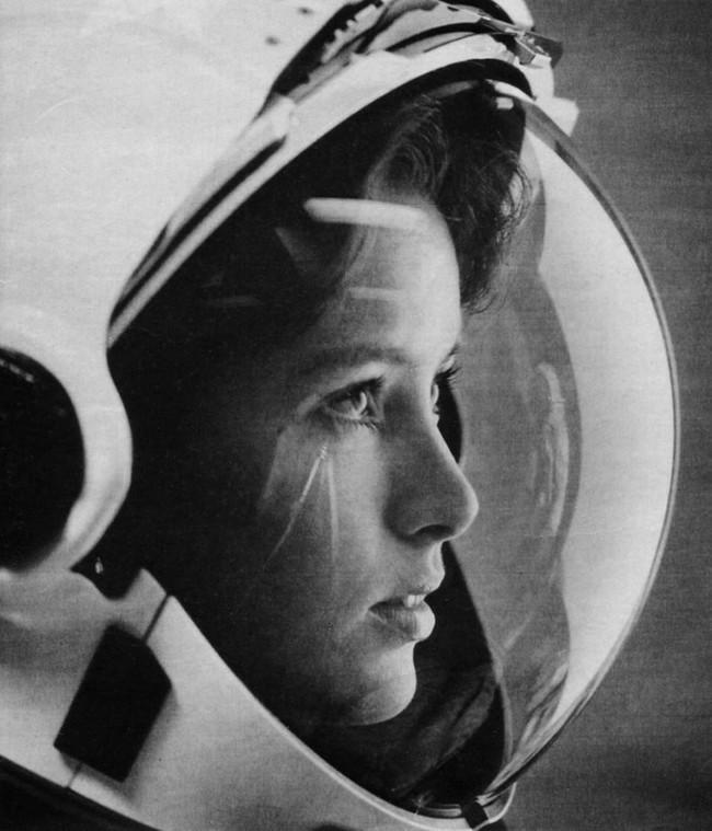 Anna Fisher na okładce magazynu Life w 1985 rok