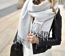 Perfect scarf + leather jacket <3 Looove