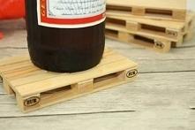 Komplet 4 drewnianych podkł...