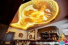 Piękna restauracja jeszcze upiększona naszymi sufitami napinanymi z nadrukiem! Można nadrukować, co tylko chcecie i uformować to w kształt, jaki sobie wymarzycie!