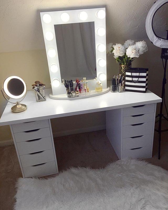toaletka na toaletka. Black Bedroom Furniture Sets. Home Design Ideas